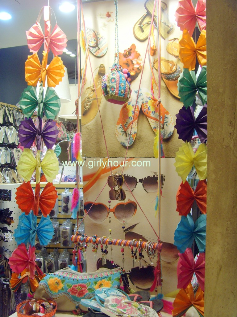 Lovely Lovely! Accessories, Atria Mall